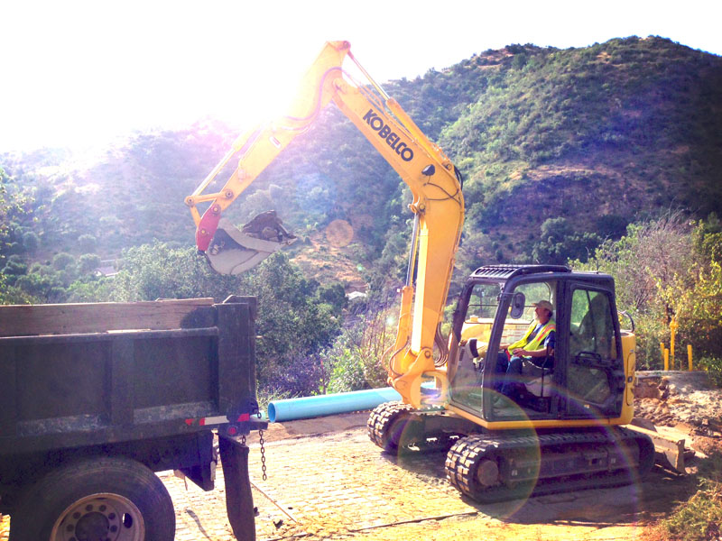 Image of SR Series Excavator SK85CS-7 Working of North America model