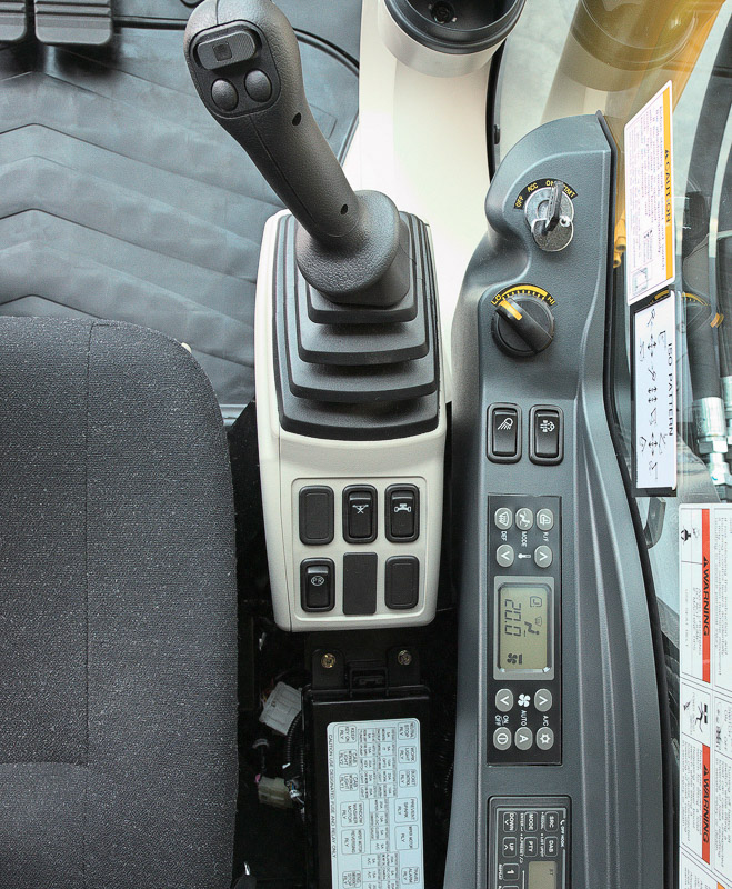 Image of Conventional Excavator SK350LC-10 Heavy Lift Controls for Latin America model